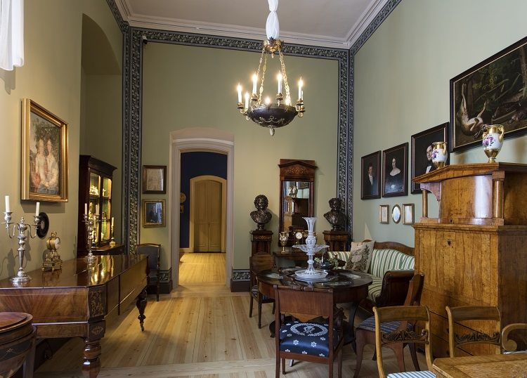 Rundale Palace - Exhibition - 'From the Gothic Style to Art Nouveau' - Biedermeier style