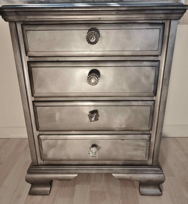 Looking glass spray paint on wood shabby chic furniture How to spray paint wood furniture
