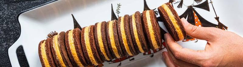 Pumpkin Cookie Sandwiches | Sandwich cookies, Pumpkin ...