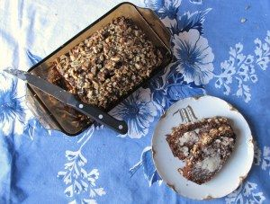 walnut topped chocolate banana bread // totes delish