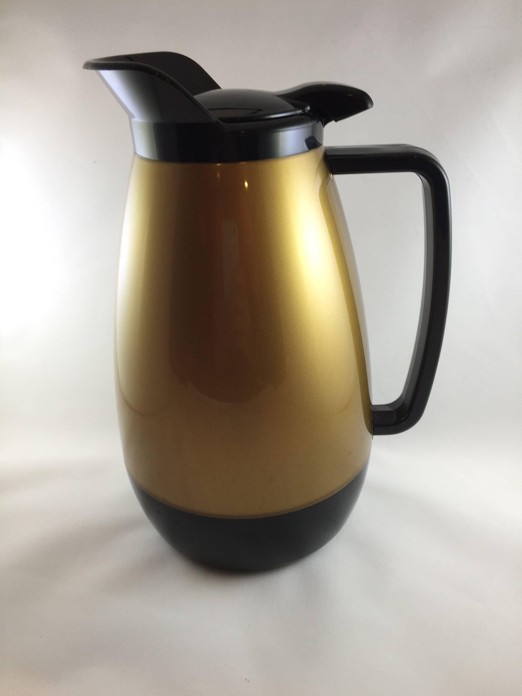THERMOS Isolierkanne Patio rot 1 Liter Flaschen & Thermoskannen