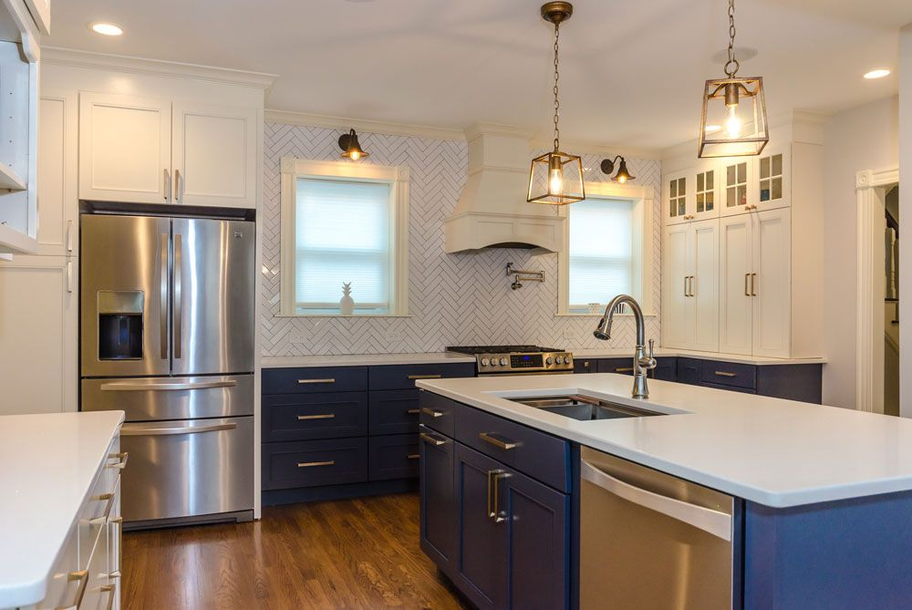 Best Wakefield Kraftmaid Cabinetry With White Wall Cabinets And 400 x 300