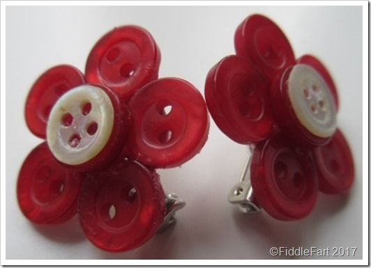 button pin brooches