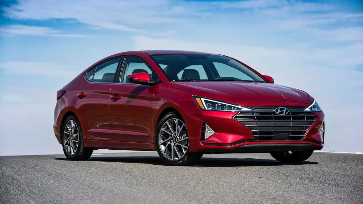 Under the new Hyundai Elantra's handsome hood lives a