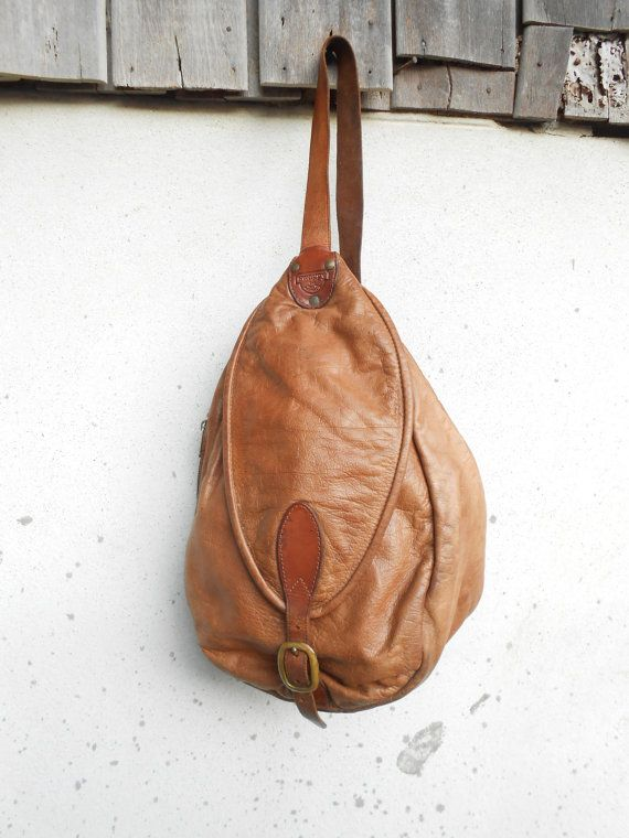 Vintage Swaggy Leather Crossbodypack Medium By Vindicoshop Vintage Leather Bag Vintage Leather Backpack Vintage Leather Messenger Bag