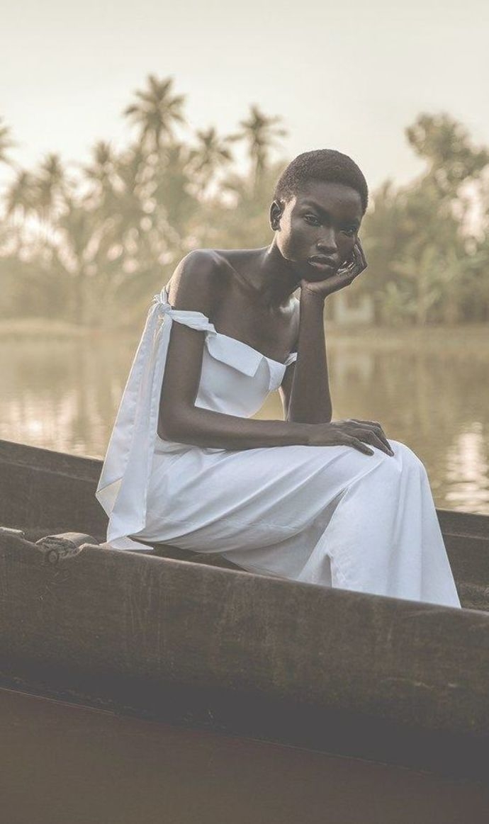 11 Stunning Dark Skin Beauties From Tumblr's Dark Skin Appreciation Day - Lisa a la mode #darkskingirls