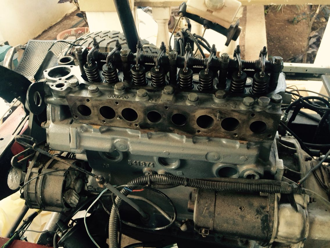 2 25L Land Rover motor, cylinder head overhaul | Series Land Rover