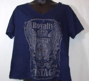 f685ddf1927 Navy Blue Casual Top With Gray Design -Size 22 24 by Lane Bryant -100%  Cotton --Width 26