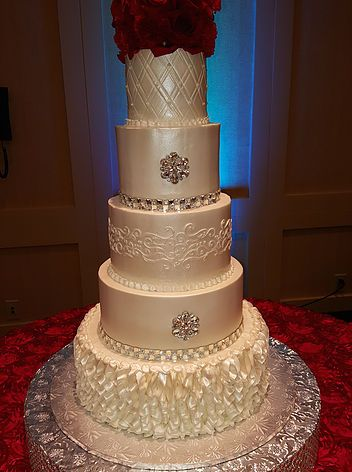 Elegant Bling Wedding Cake With Red Roses With Images