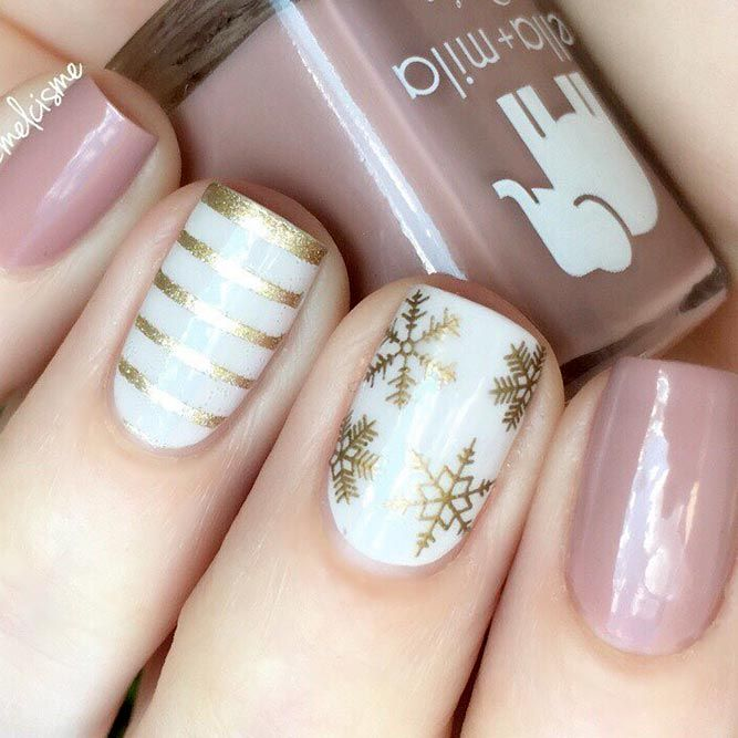 36 Lovely Holiday Nails Designs To Get You In The Spirit