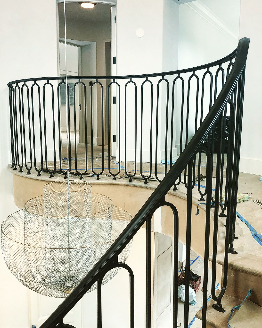 Best Curved Landing And Staircase With Oval Pickets Staircase 400 x 300