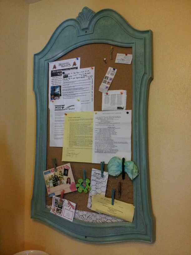 Bulletin board made from old mirror frame. Chicken wire across ...