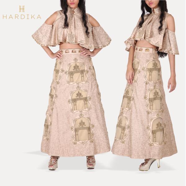 Celebrate the free spirit & the adventurous streak in your personality #HardikaGulati #FashionDesigner  http://ow.ly/vZWS307I6gu