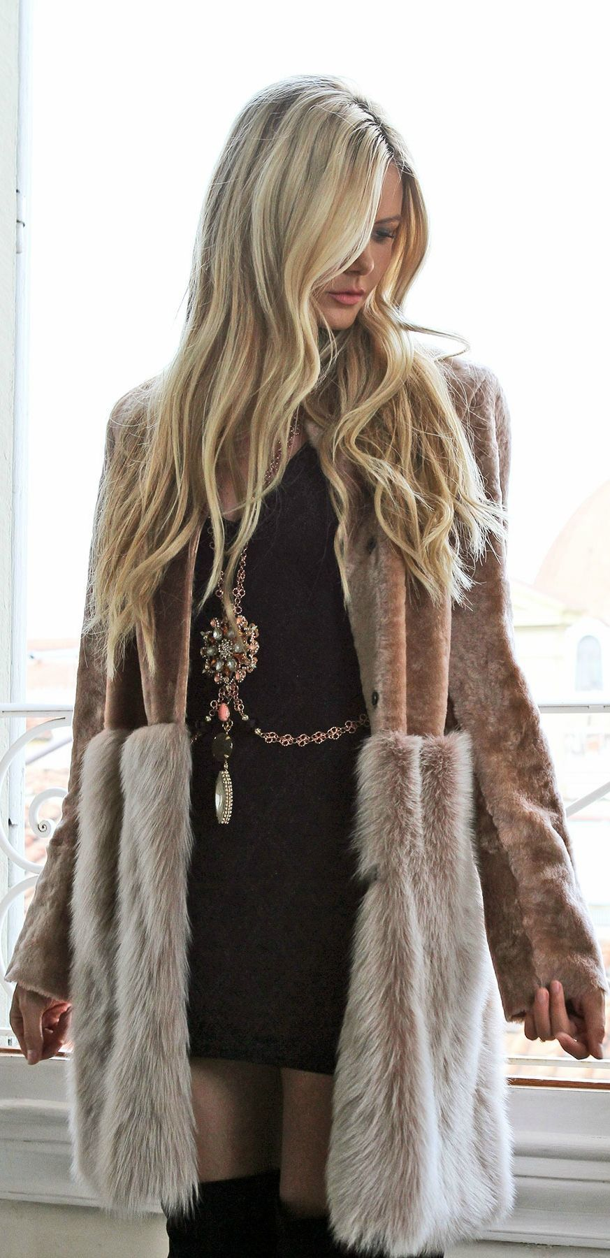 Pinterest Fur Coat Blonde