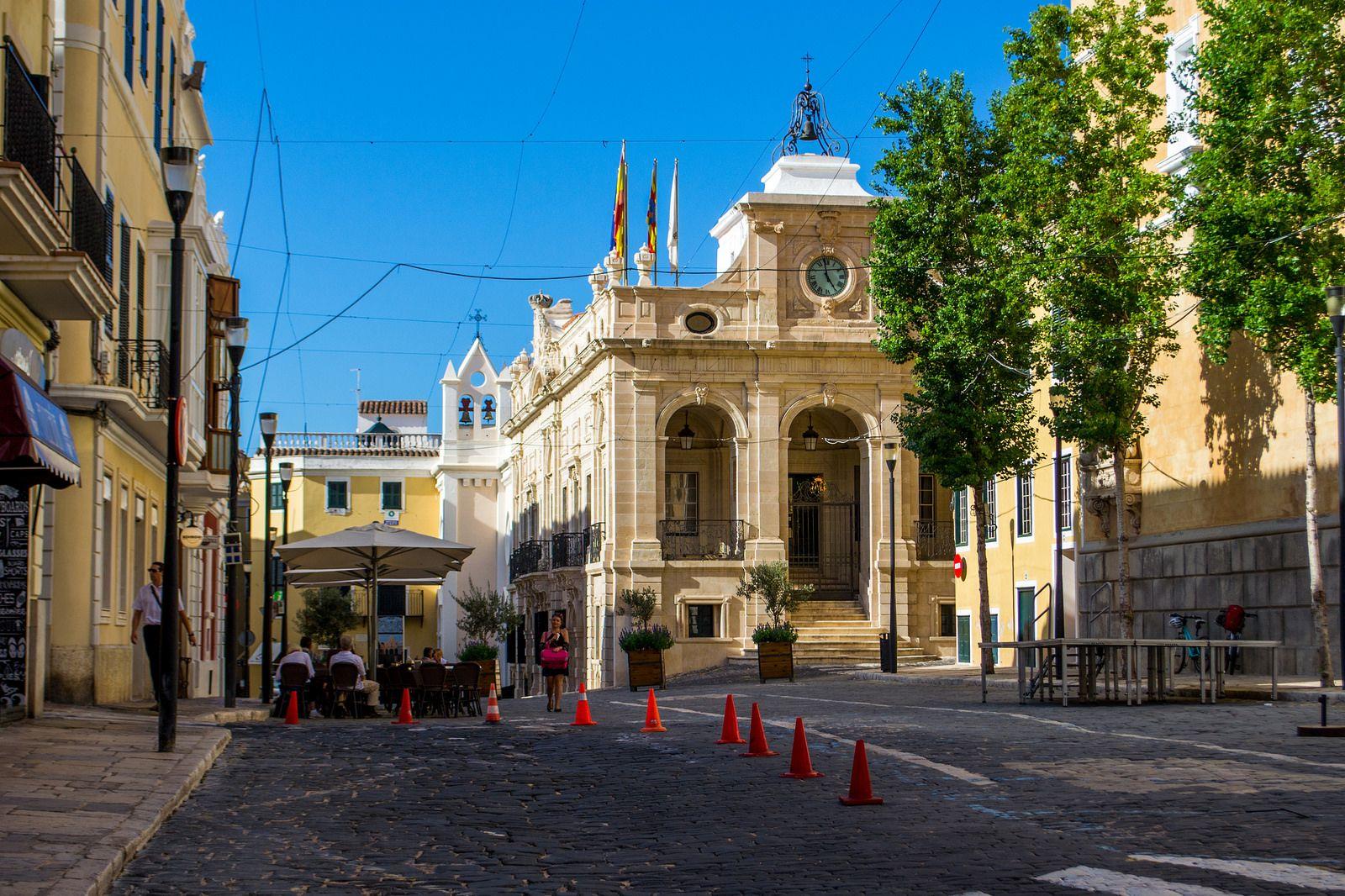 Plaça De La Constitució Barcelona Cathedral House Styles Street View