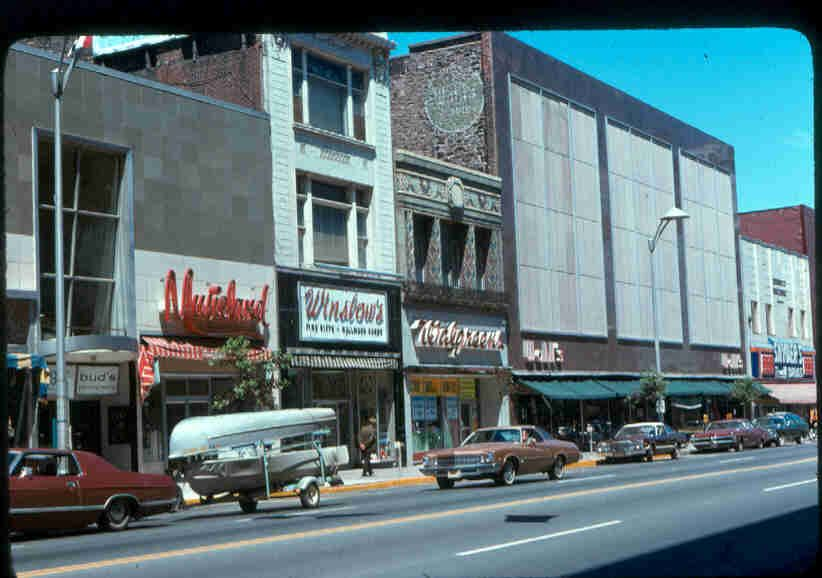 Wahl S Department Store I Used To Ride The Bus Downtown With My