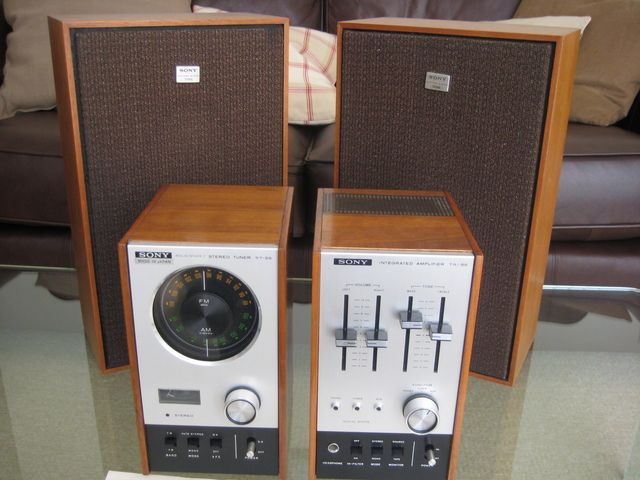 Sony St 80 Photo Of Original Sony System With Speakers