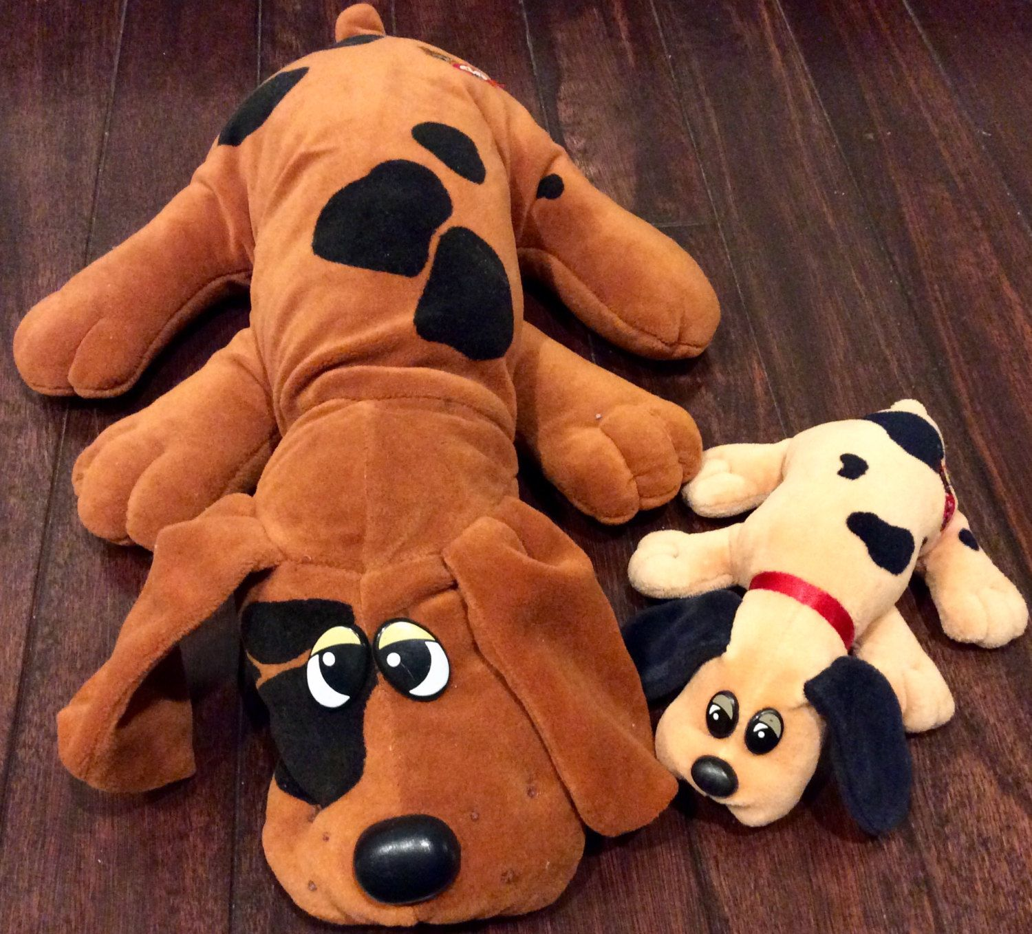 "1985 Pound Puppies 18"" Puppy & 8"" Newborn Puppy Plush Dogs by"