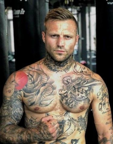 Untitled | Kontra k tattoo, Kontra k, Bartstile für männer