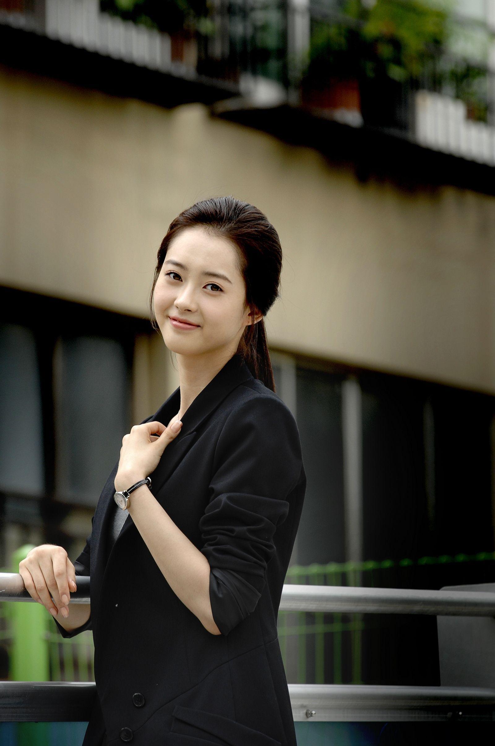 「Actress Ko Ara」おしゃれまとめの人気アイデア|Pinterest