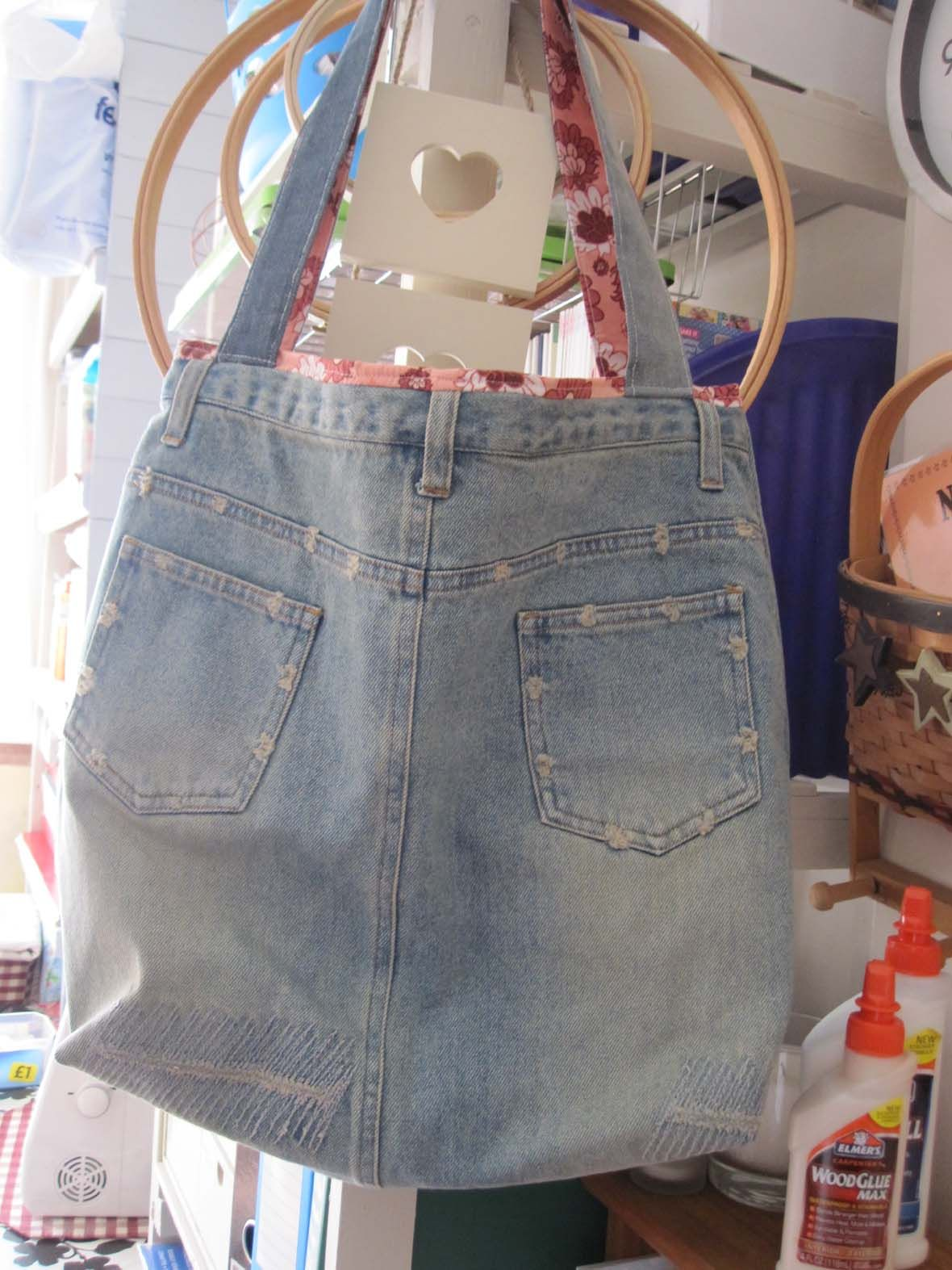 upcycled jeans bag with pockets