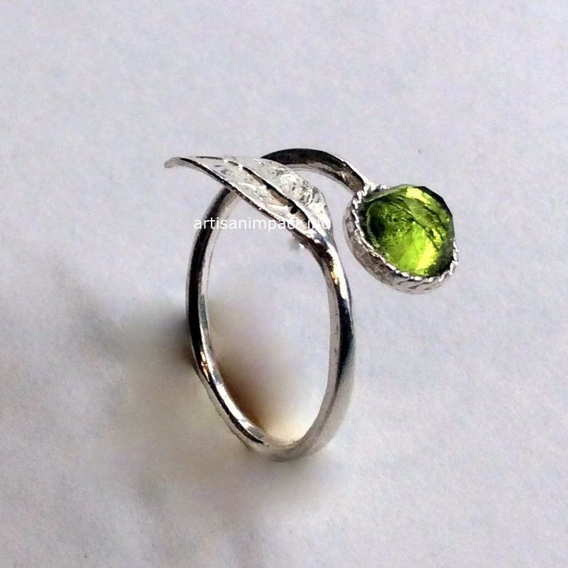 Dainty Rose Gold Natural Peridot Gemstone Cluster Ring 925 Silver Fine Jewel SE