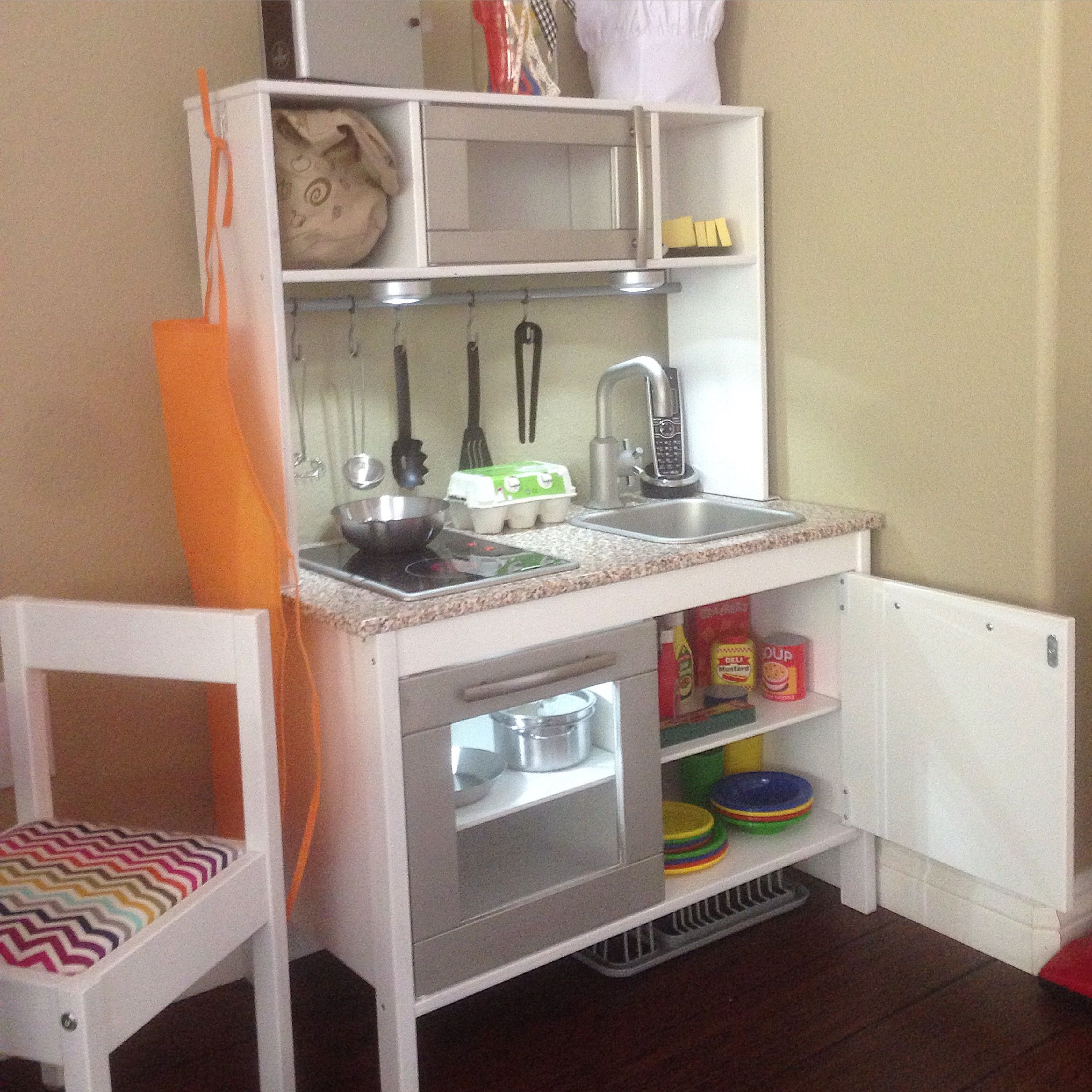 Ikea duktig play kitchen hack crafting pinterest for Play kitchen set ikea