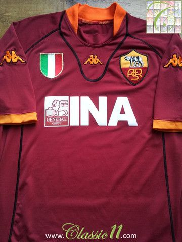 7aff37bdb22fb Relive Roma s 2001 2002 season with this vintage Kappa home football shirt.