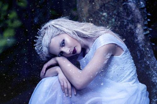 darkbeautymag:  Photographer:L'Obsession Secrète- Jaime HumphreyHair/Makeup:Kat QuinnModel:Ebony Rogers
