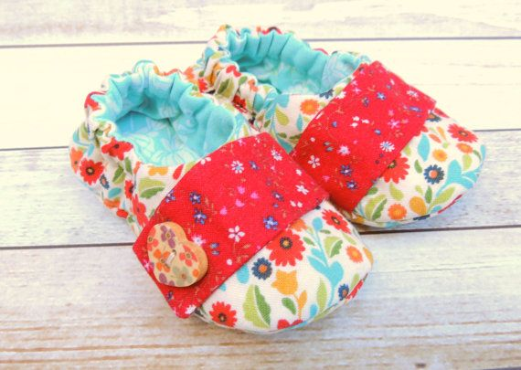 Baby Girl Shoes  Baby Mary Janes  Slip On Baby by littlepearco