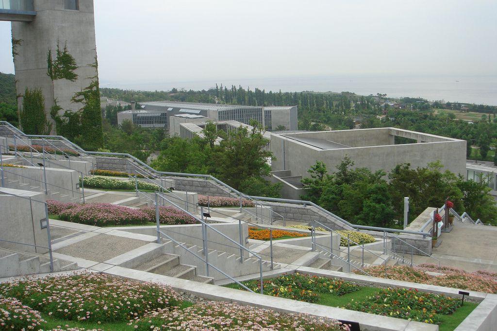 Awaji Yumebutai. 1992-2003. Awajishima, Hyogo, Japón