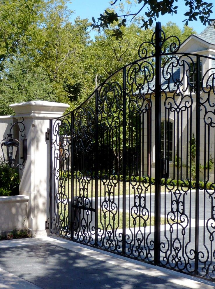 Monday Eye Candy Stunning Classical French Home In Dallas Texas Traditional Exterior Fence Design Exterior