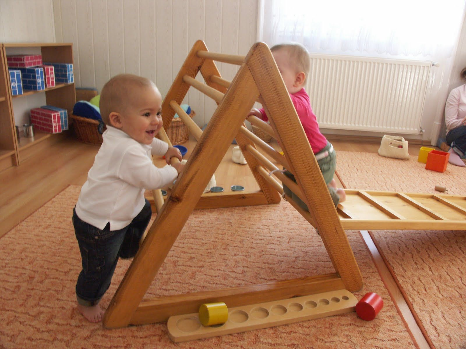E Pikleres Izpratne Par Bērnu Attīstību With Images Playroom Infant Activities Toddler Play