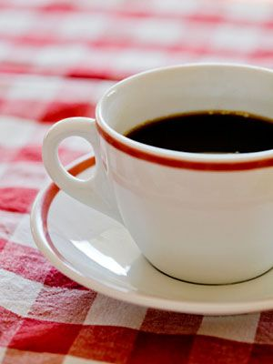 foods bladder drinks uti irritate urinary tract certain everydayhealth coffee avoid cause symptoms infections irritation food infection diet drink health