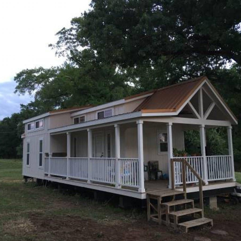 399 Square Foot Platinum Cottage - Tiny House for Sale in Dallas