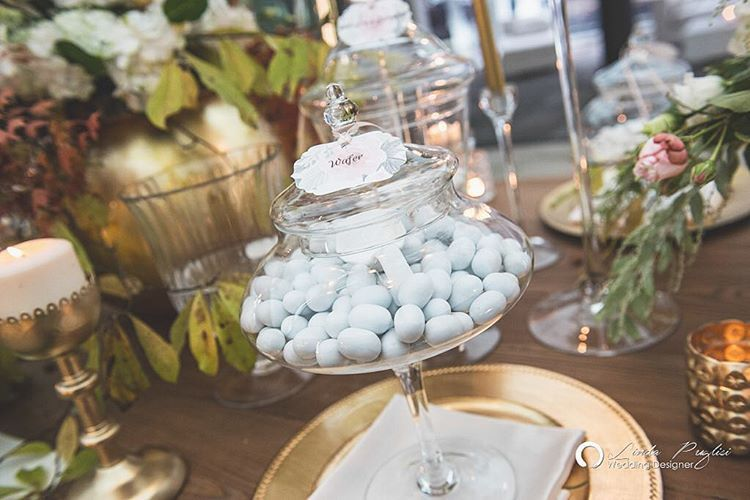 "64 Likes, 1 Comments - Linda Puglisi (@puglisilinda) on Instagram: ""Sweet table ... Serviamo dolcezza!  #sweettable #confettata #weddingideas #weddingdesigner…"""