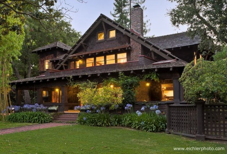Designed By A W Smith 1905 The Residence Fully Expresses The Wholesome California Arts Crafts Idea Craftsman House Craftsman House Plans American Houses