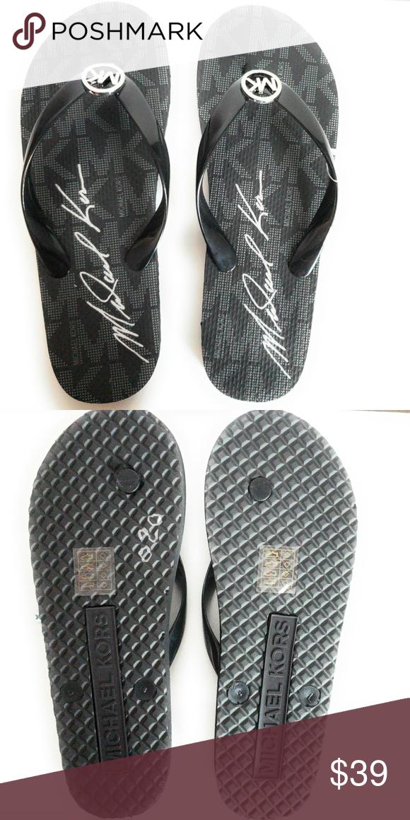 6cd2a323781b Michael Kors Jet Set Rubber Flip Flops Black Rubber slip-on closure PVC  Slip On Rubber sole Logo charm for glamour Michael Kors Shoes Slippers