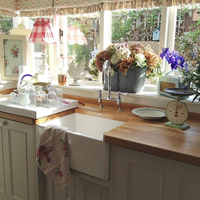 Shabby and Charme: Il romantico cottage inglese di Tracey | Shabby ...