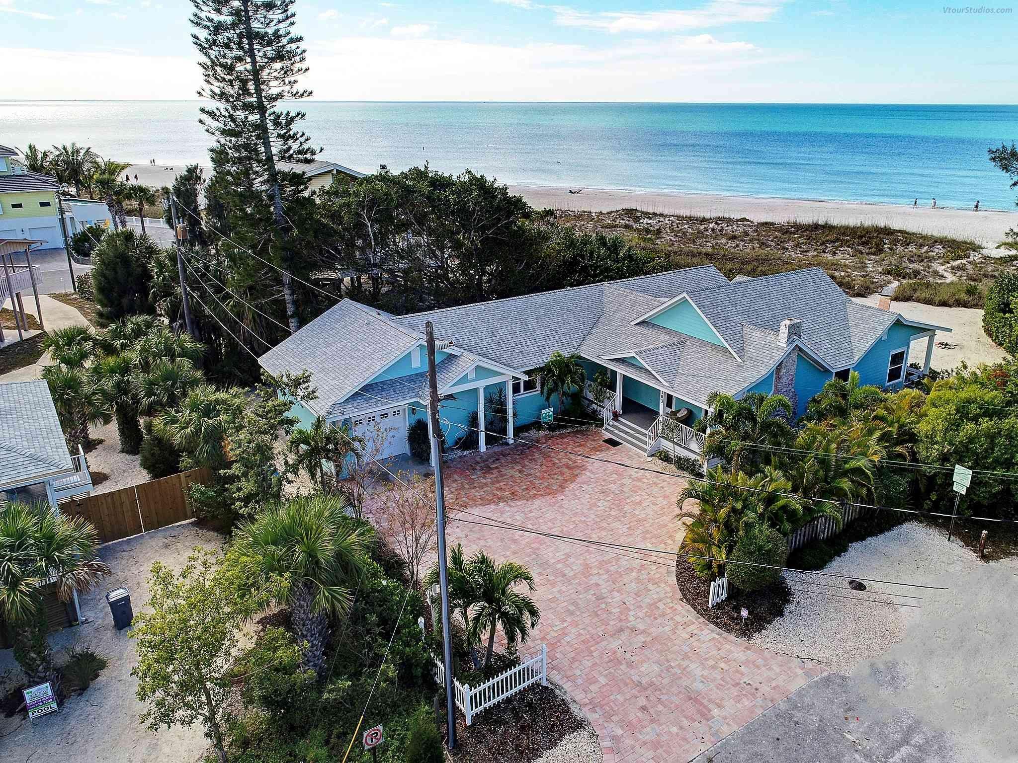 Honey Beach House 103 50th St 982 Island Real Estate Bradenton Beach Holmes Beach City Vacation