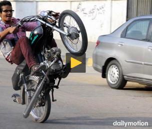 One Wheeling Death Bike Accident Pakistan Bhakkar Bike Stunt