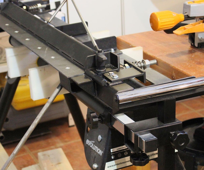 Sheet Metal Bending Brake With Radius Adjustment Dilny Naradi