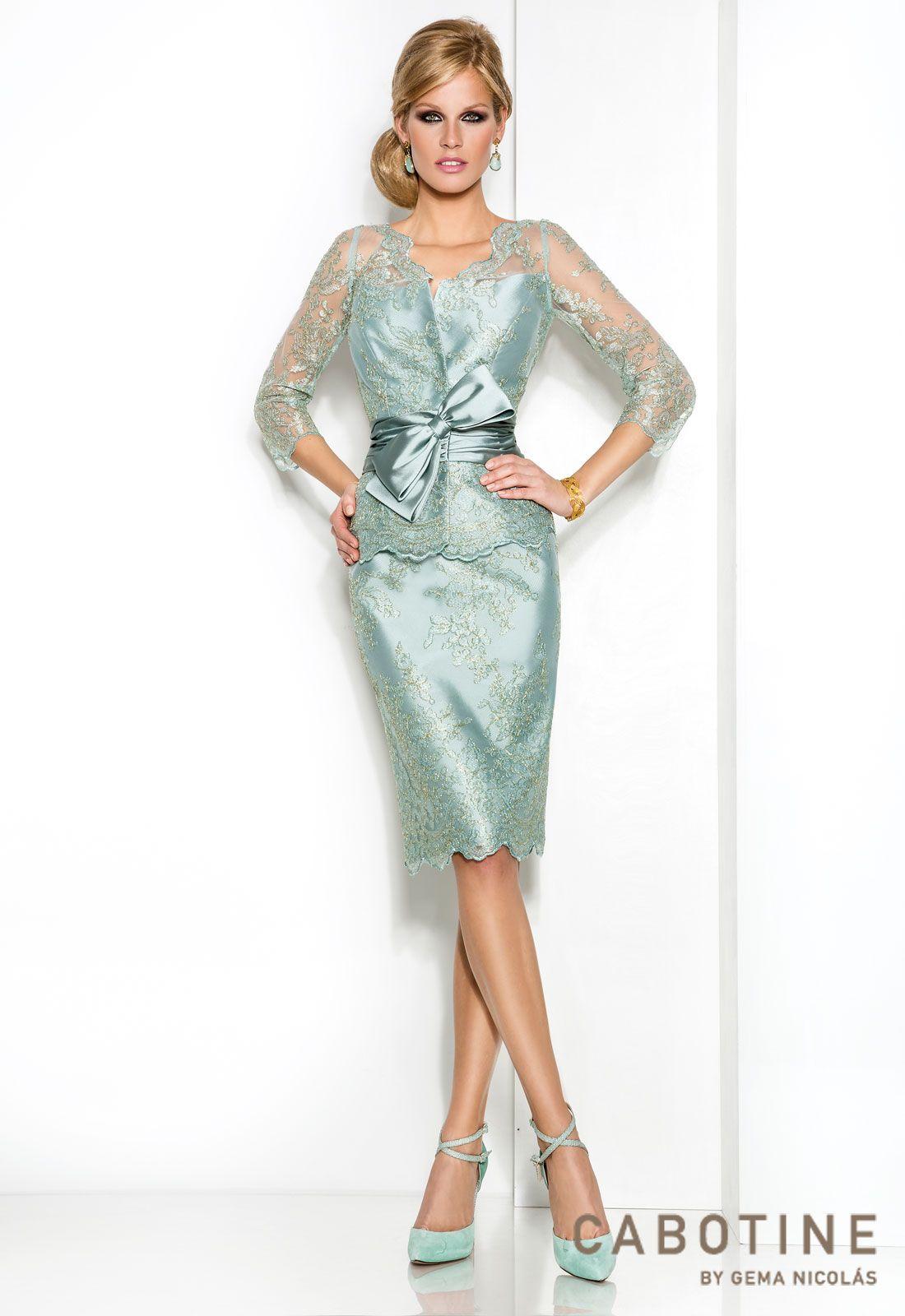 9b6a03b65 DONNA 6325 Conjunto vestido de madrina corto con chaqueta en mikado y  encaje de hilo metálico