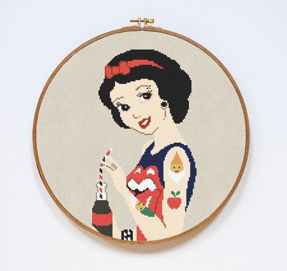 Snow White Cross Stitch Pattern Modern Disney por Stitchering