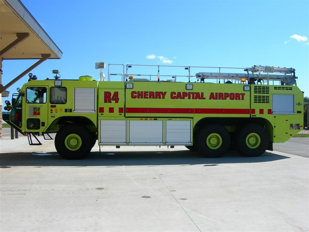 Cherry Capital Airport, Traverse City, MI ARFF Rescue 4