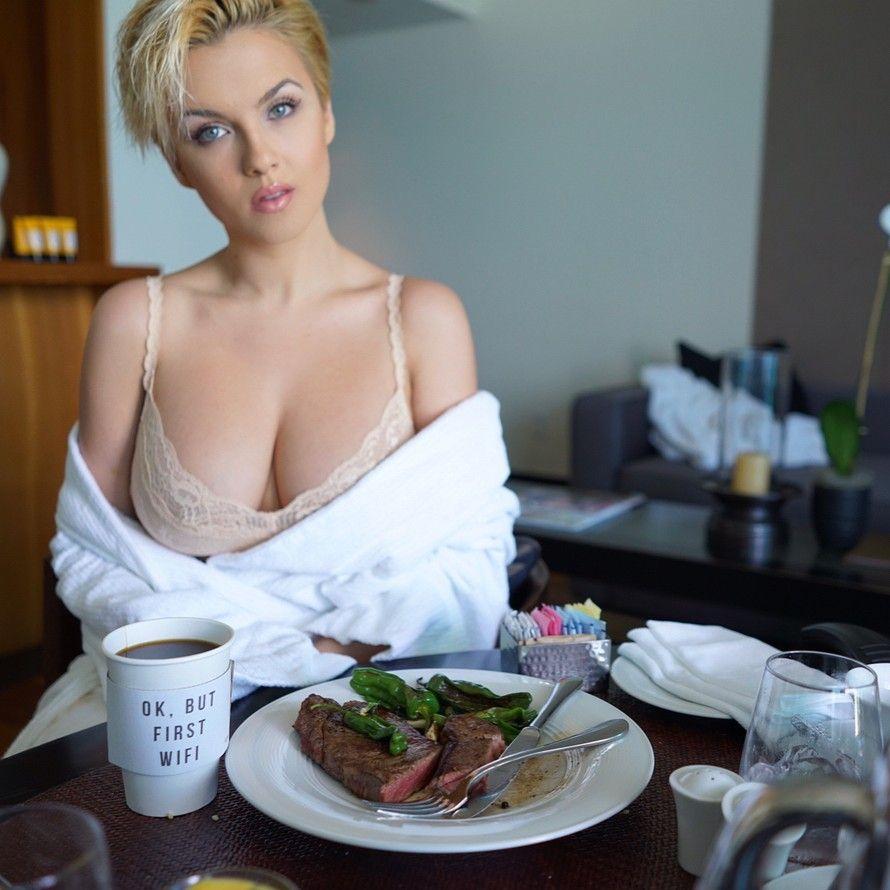 Amy Elizabeth Jackson Nude Photos 41