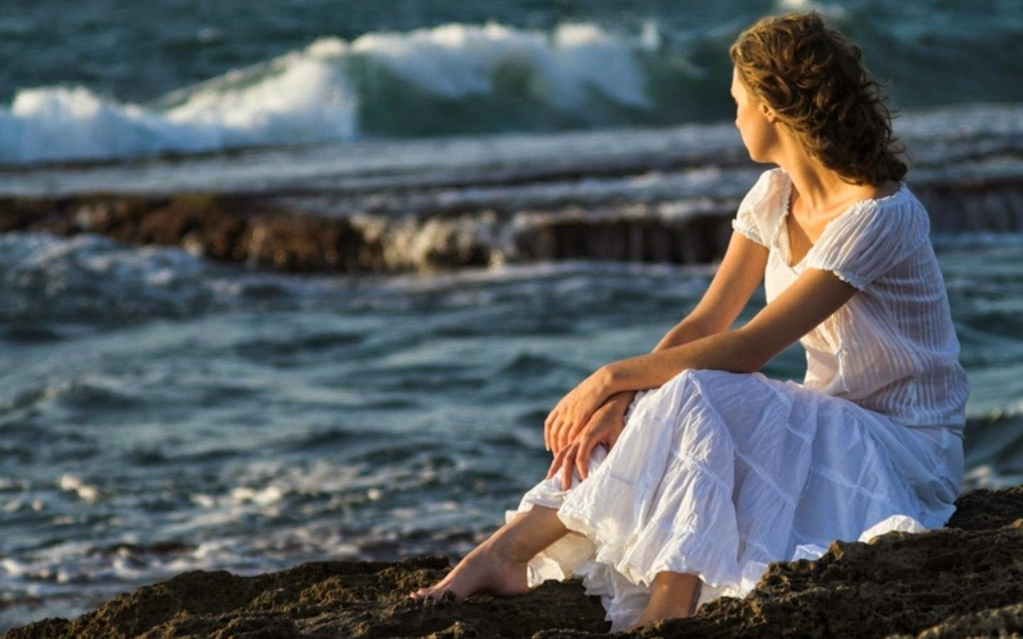 Sad Alone Girl Near Sea Love Wallpapers Poetry My Feelings