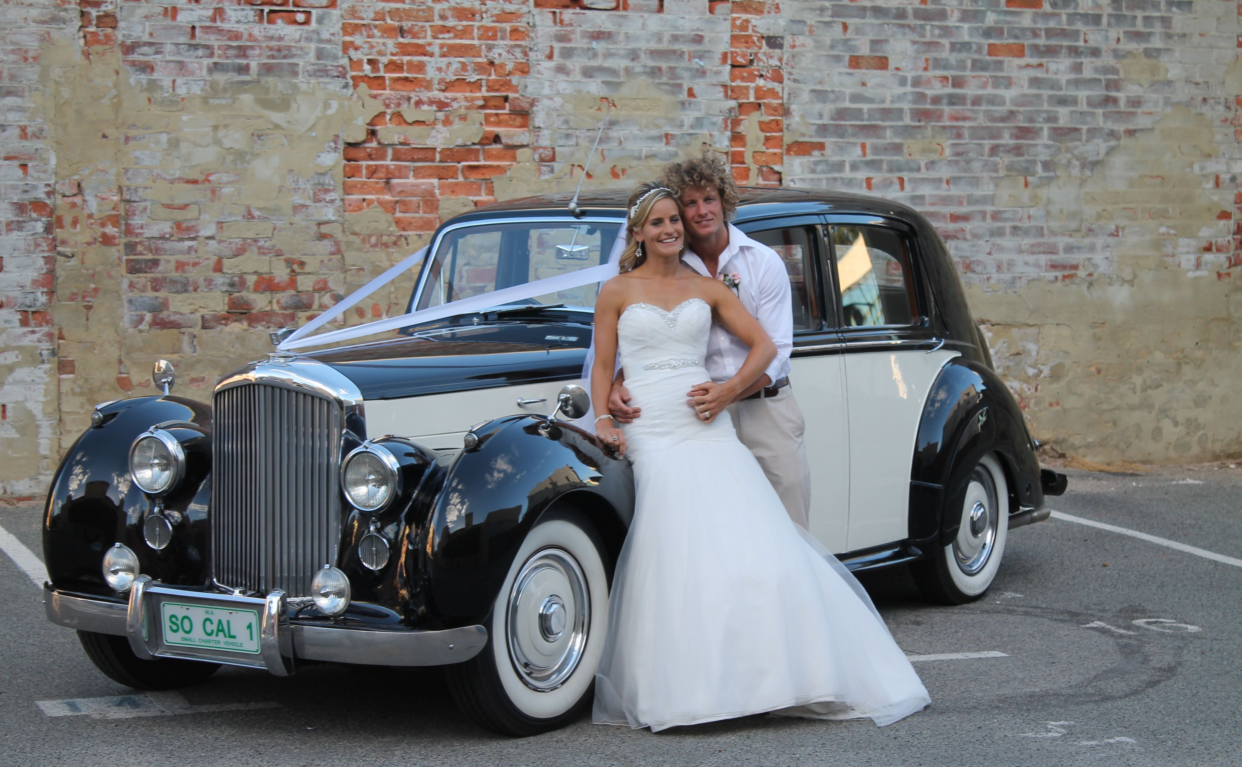 The Bentley Mark 6 Four Door Standard Steel Sports Saloon Was The First Post War Luxury Car From Bentley Perth Wedd Wedding Car Hire Wedding Car Car Hire