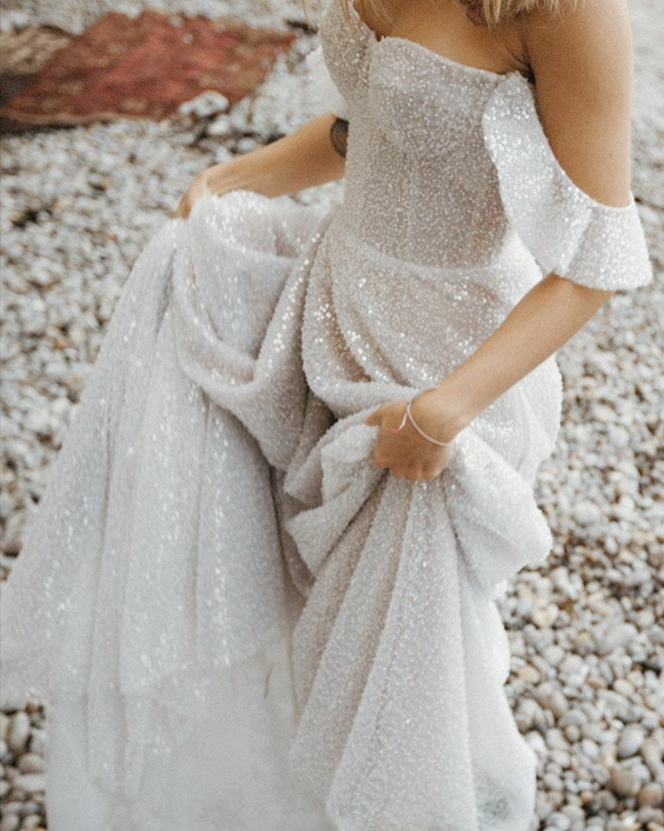 Sparkly Wedding Gown Best Wedding Dresses Sparkly Wedding Gowns Wedding Dresses [ 1200 x 960 Pixel ]