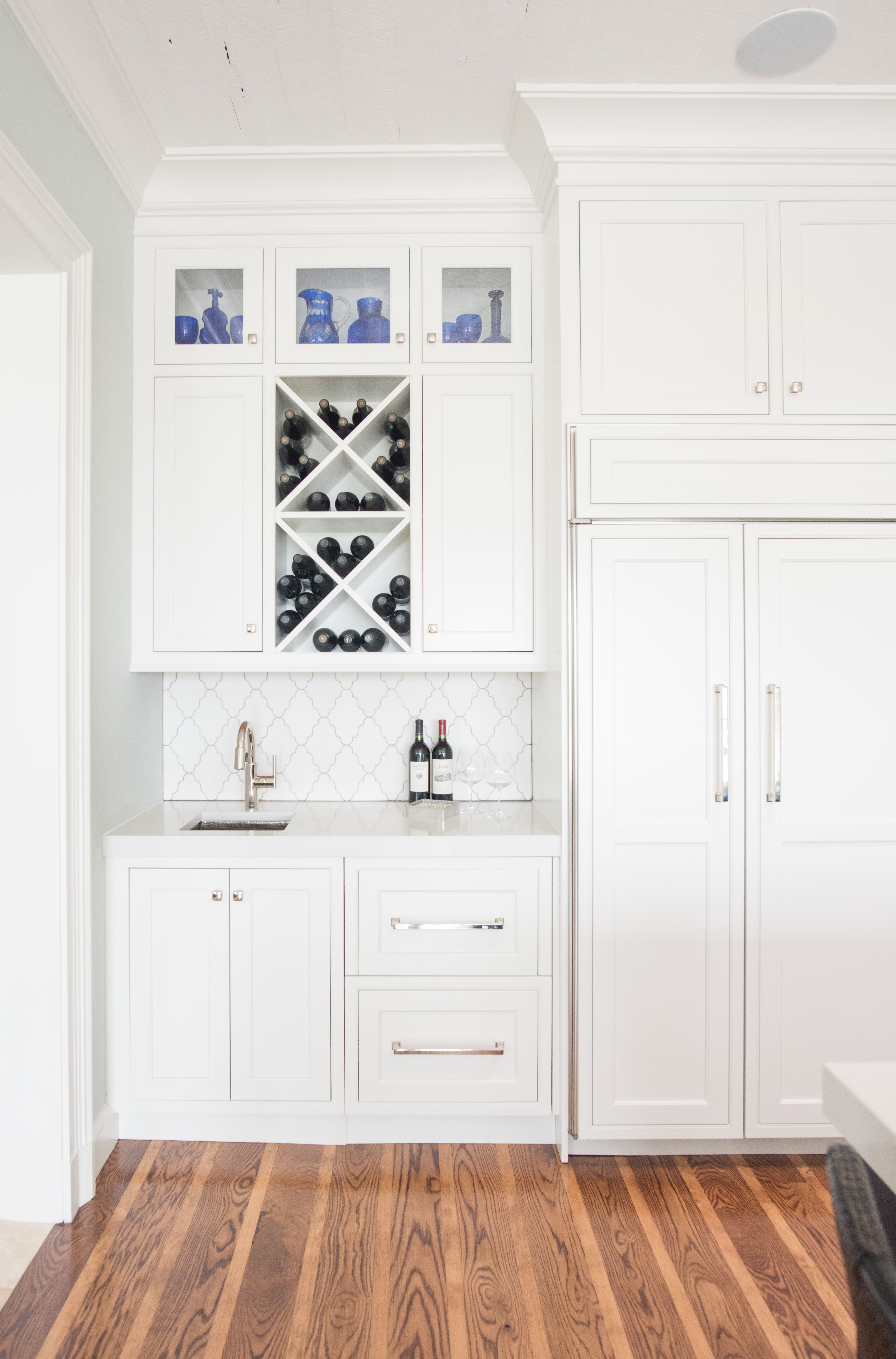 love this small wetbar design for a kitchen  kitchen